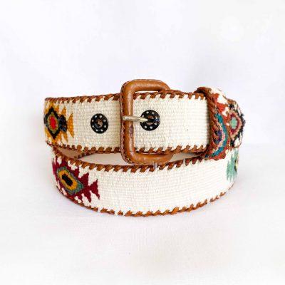cinturón maya blanco